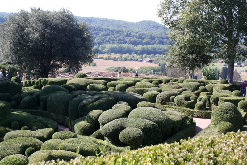 Les jardins suspendus de marqueyssac en dordogne entre for 6 jardin guillaume bouzignac